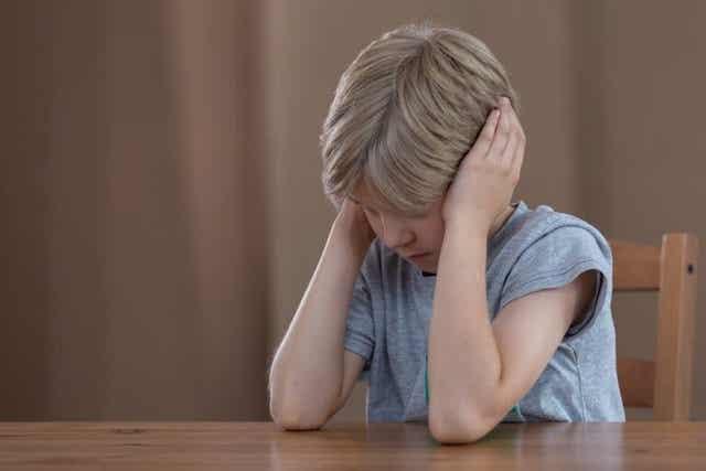 Het is belangrijk om empathie te tonen als een kind boos is