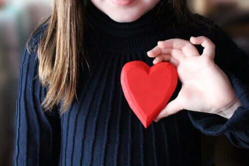 Hartfalen bij kinderen: symptomen, oorzaken en behandelingen