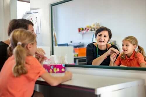 Oefeningen voor atypisch slikken bij kinderen