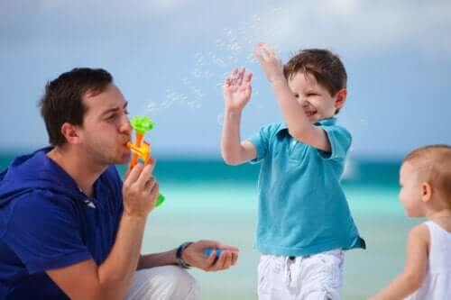 Spelen in de vroege kinderjaren: dit is wat je moet weten