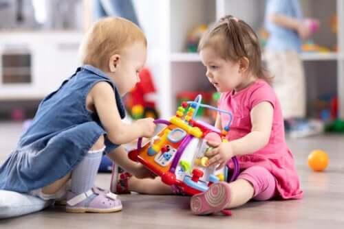 Activiteiten om de sociale vaardigheden van kinderen te ontwikkelen