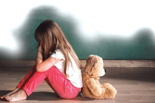 Wat kan persoonlijkheidsstoornissen bij kinderen triggeren?