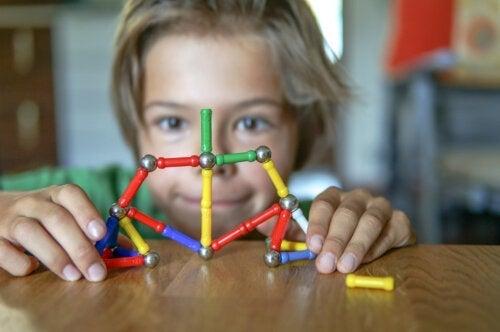 Hoe weet je of je een kinesthetisch kind hebt?