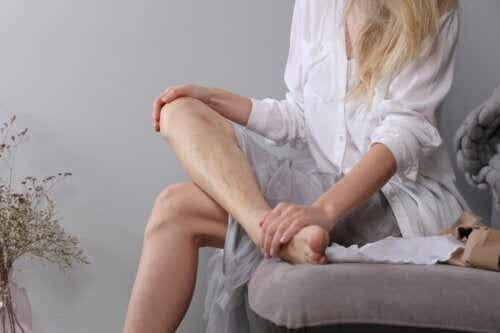 Gezwollen voeten na de bevalling: wat je moet weten
