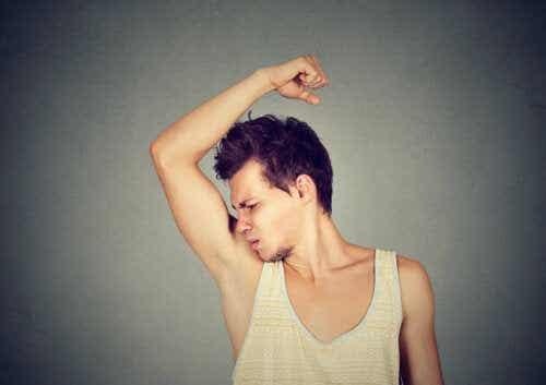 Zweet en lichaamsgeur in de adolescentie: wat je moet weten
